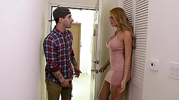 Angelica mga Nikki gets his dick sucked