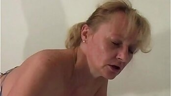 Granny Looks Perfect Body And Tastes Fisting Many More Uncensored JAV