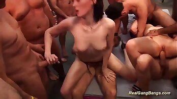 Amazing awesome college party turns into group orgy