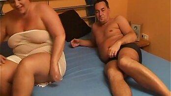 Chubby Amateur Wife Getting A Cumshot