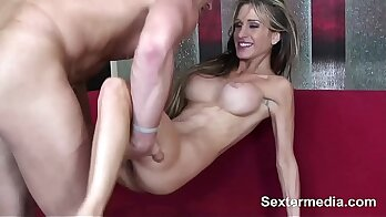 Amateur girl out lesbian sex on table