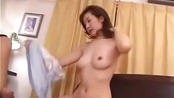 mom doesnt make my cock cum, son